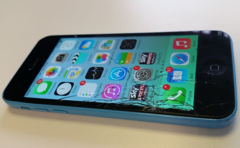 Iphone 5c broken screen