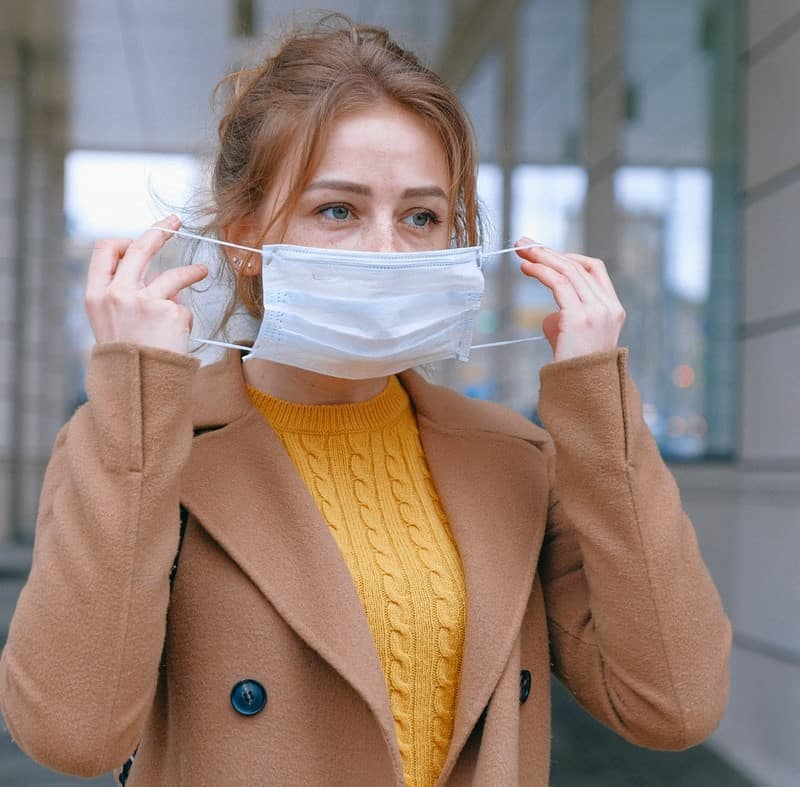 Wearing a face mask in a shopping centre