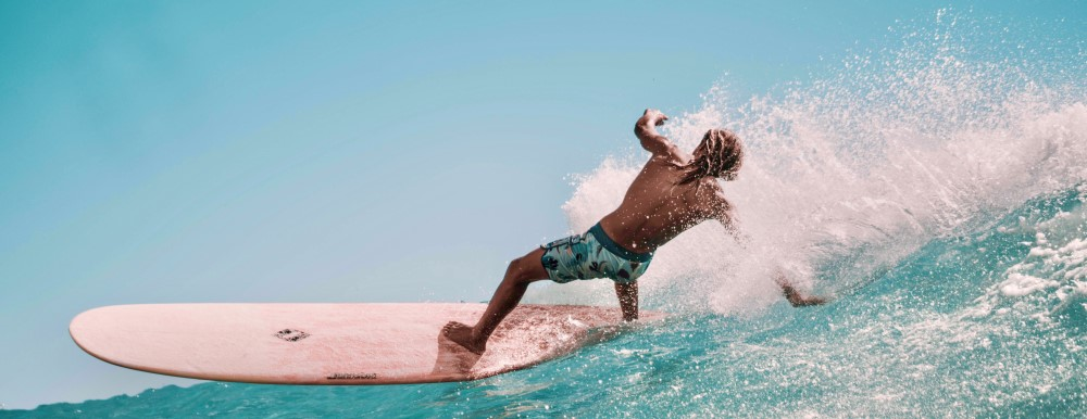 Speedy surfer